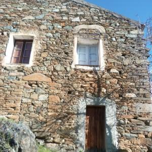 Les linteaux du village
